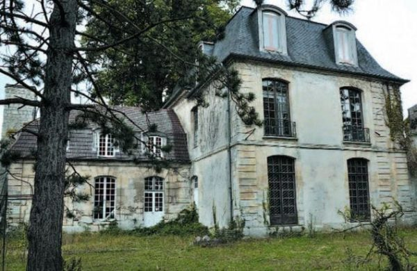 Chateau-Herouville