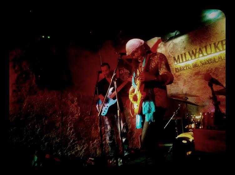 Cr nica del concierto de leburn maddox en sala milwaukee for Sala milwaukee