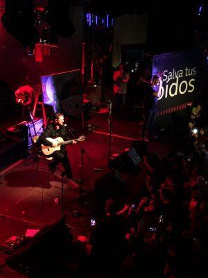 Antonio Orozco realizó un Showcase acústico